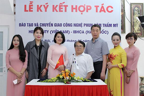 Helibeauty hợp tác và chuyển giao nghề làm đẹp phun xăm thẩm mỹ với đối tác Hàn Quốc
